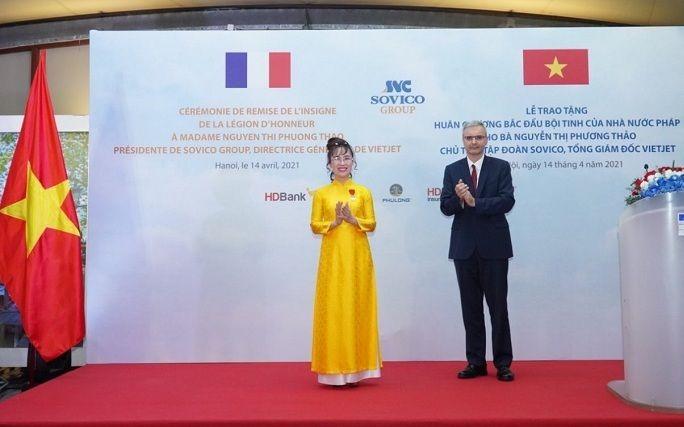 Tổng giám đốc Vietjet nhận Huân chương Bắc đẩu bội tinh của Pháp trao tặng